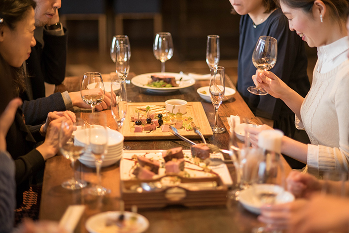 東京ワイン会・日本酒会開催 CAMOS TOKYO−人を繋いでかもす会−